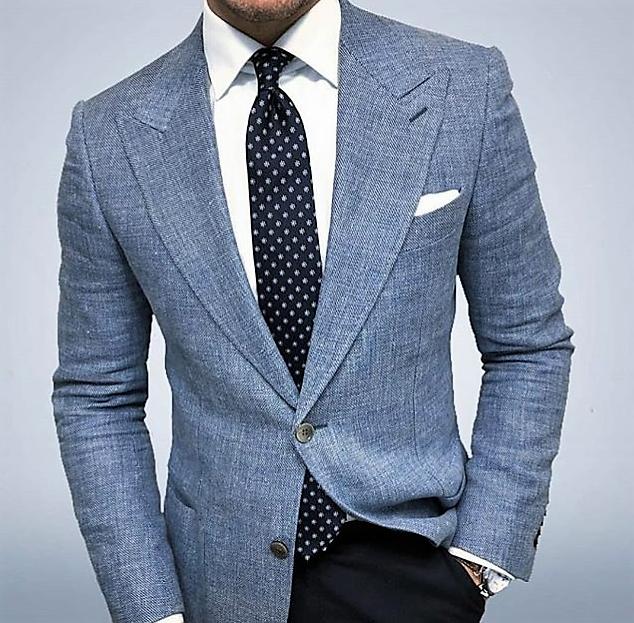 como llevar una Corbata con el nudo simple de forma correcta
